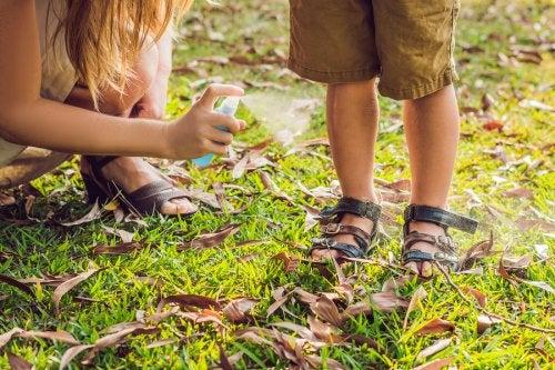 Las picaduras de mosquito en niños no son un problema grave y se pueden prevenir.