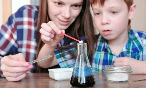 4 experimentos con agua para niños