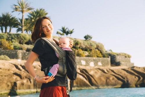 Mochilas colgantes para llevar al bebé