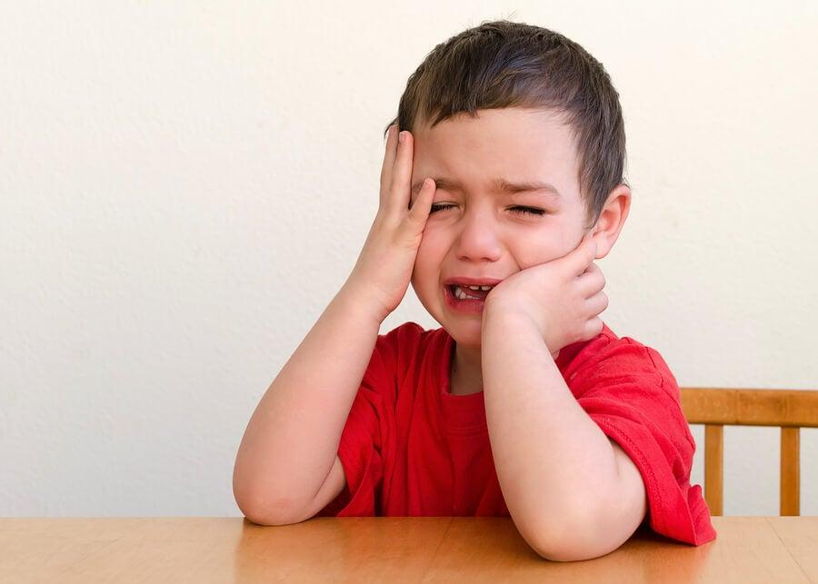 ¿Por qué a los niños les gusta llamar la atención?