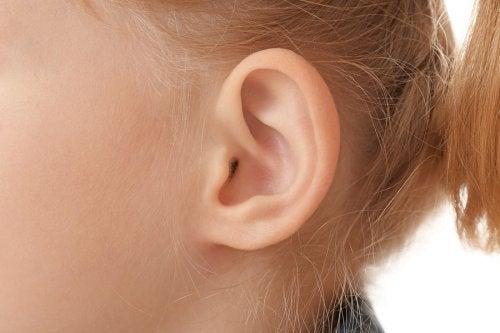 ¿Qué es la otitis externa aguda?