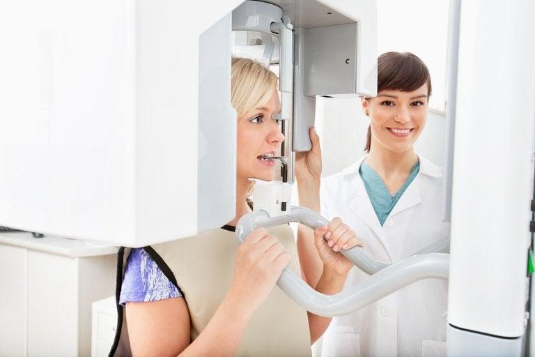 ¿Cómo afectan las radiografías al embarazo?