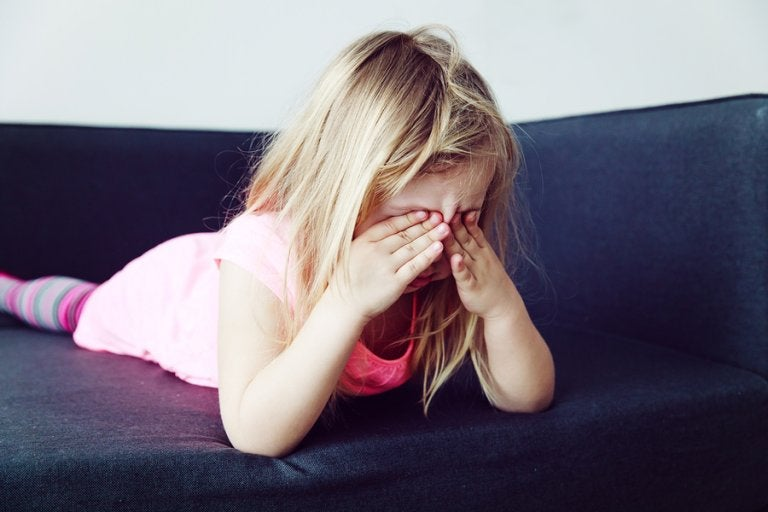 ¿Tu hijo siempre quiere ser el centro de atención? ¡Descubre la razón!