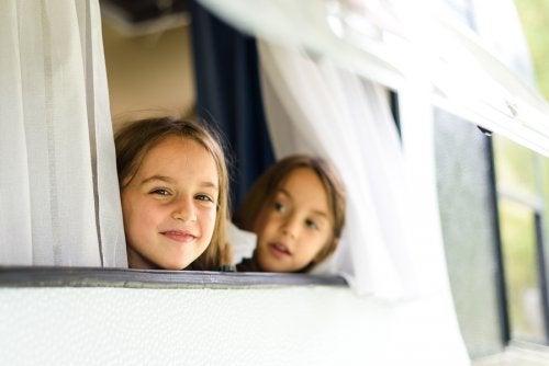 ¡Viaje en caravana con niños! ¡Pruébalo!