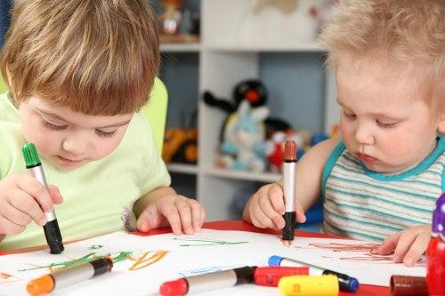 Los garabatos en los niños y su significado