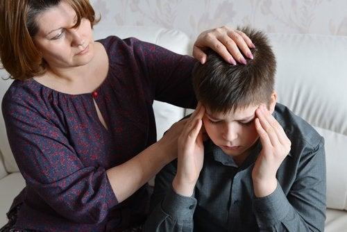¿Cómo aliviar el dolor de cabeza en niños?