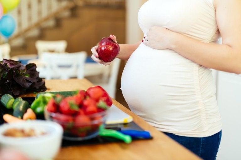5 frutas recomendadas para el embarazo