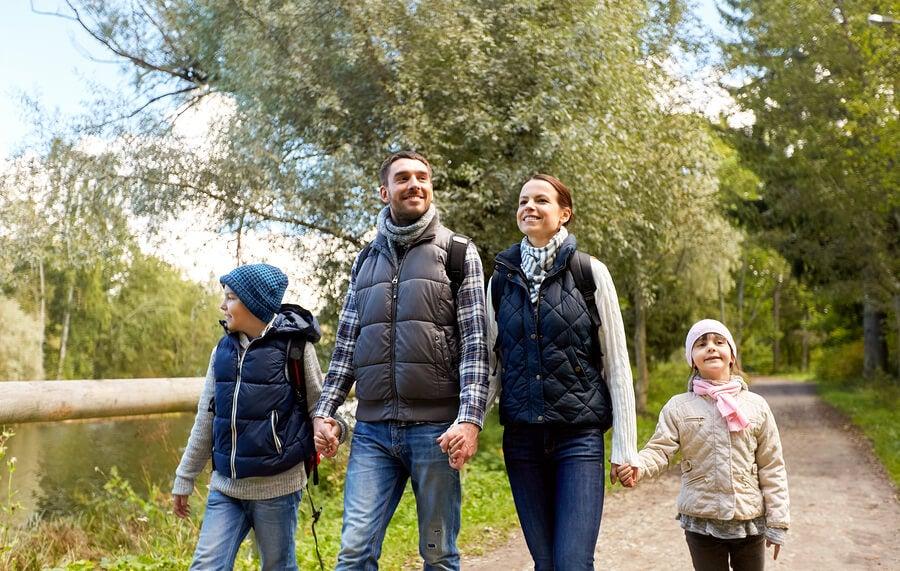 Beneficios de las rutas a pie en familia