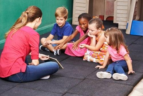 Tres juegos para enseñar a los niños a resolver conflictos