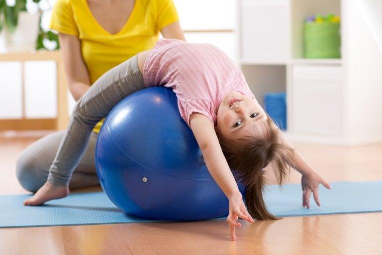 Todos los beneficios del pilates para niños