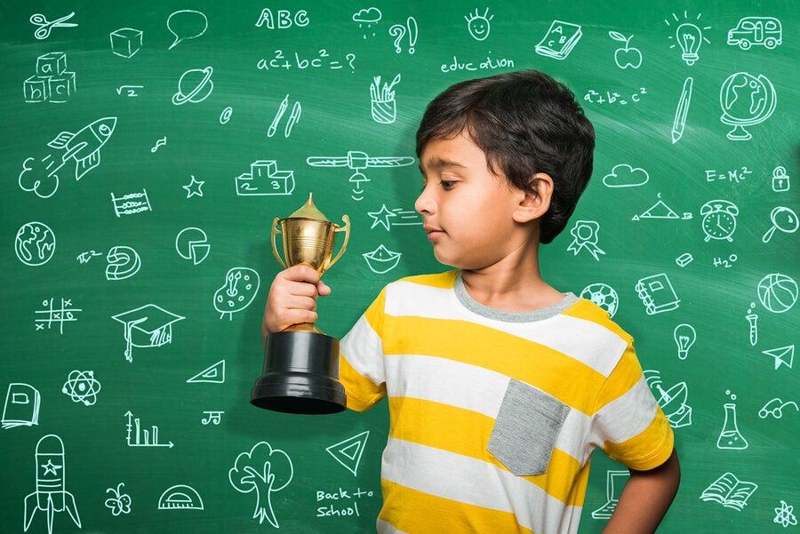¿Premios o castigos por las notas del colegio?