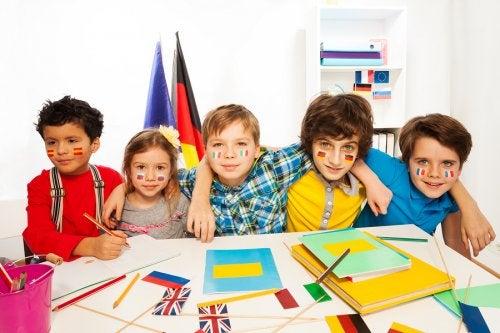 Descubre cuáles serán los idiomas más hablados en el futuro