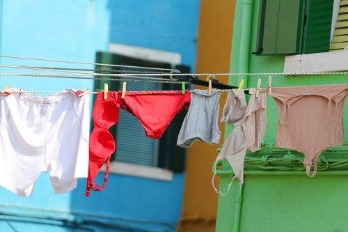¿Cuál es la mejor forma de lavar la ropa interior?