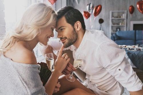 ¿Cómo reavivar la pasión de pareja después de ser padres?