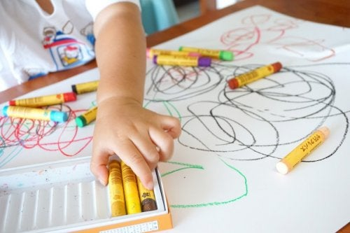Beneficios de que los niños aprendan a dibujar.