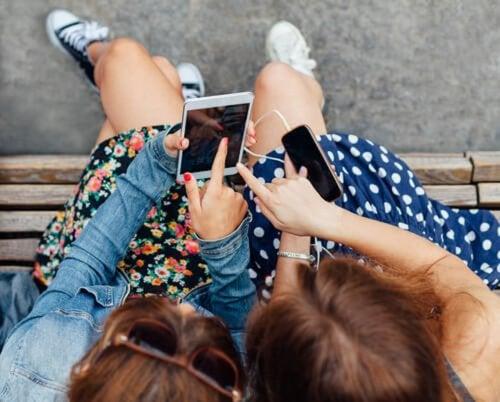 La importancia de las amistades en la adolescencia.