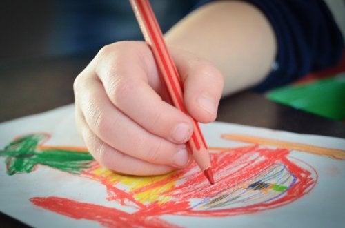 Siete maneras de estimular la creatividad de los niños a través del dibujo.