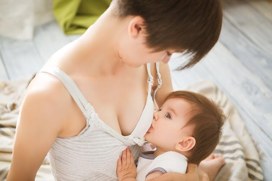 6 cuidados de los pechos durante la lactancia.