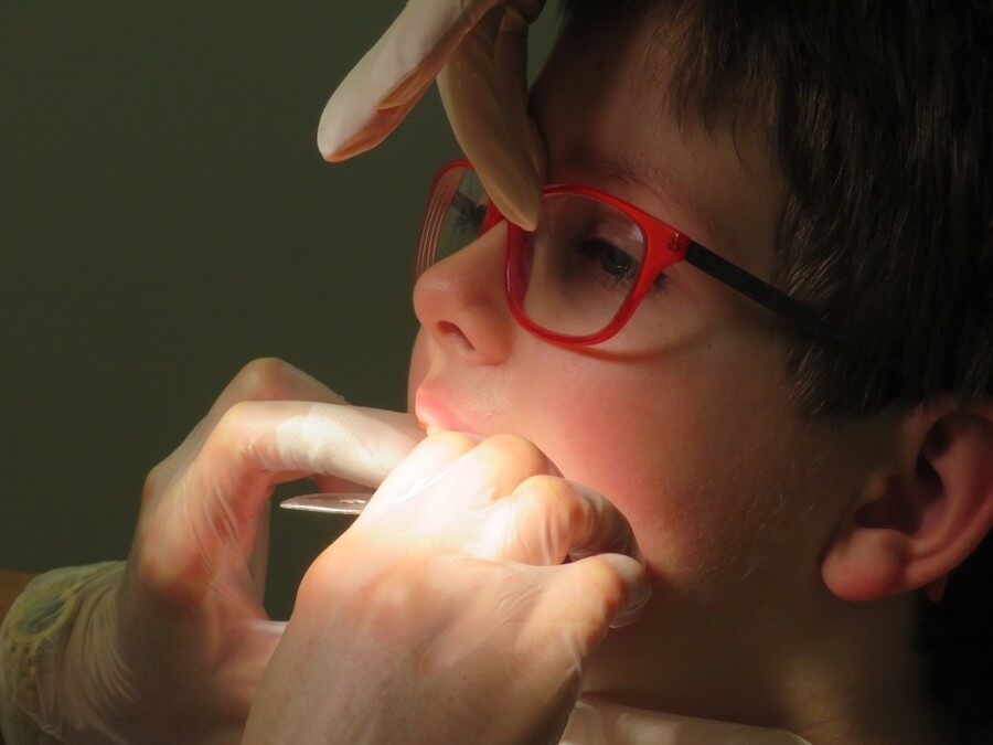 niño-dentista-ortodoncia