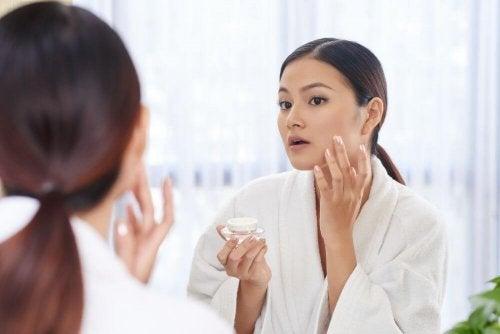 4 productos de belleza contra los signos de cansancio