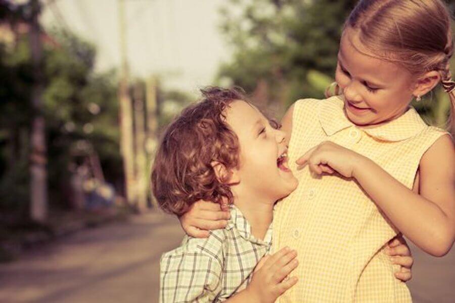 tener-mas-hermanos-sociabilidad