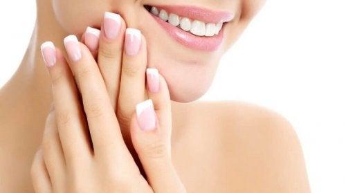 Secretos para madres cansadas: tus uñas siempre a punto
