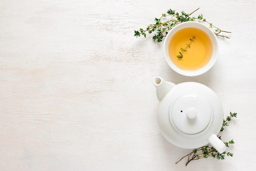 Infusión de té para tratar la cetosis en los niños