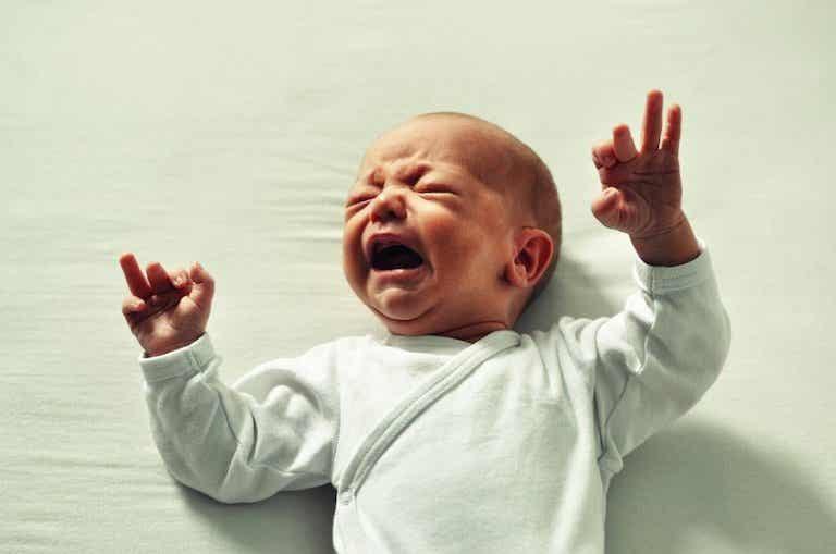 ¿Qué hacer si mi bebé se ha dado un golpe en la cabeza?