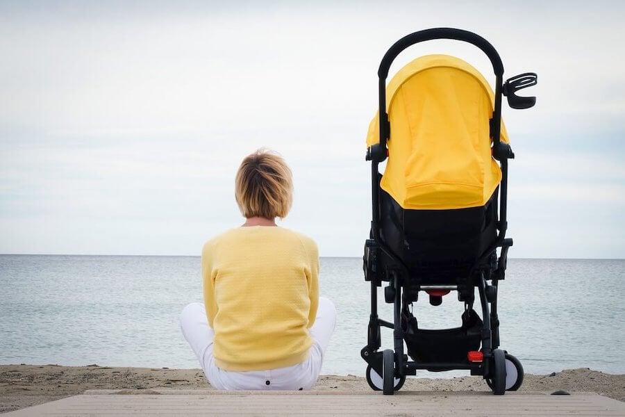 La soledad en la maternidad es frecuente cuando las mujeres tienen hijos 'por obligación'