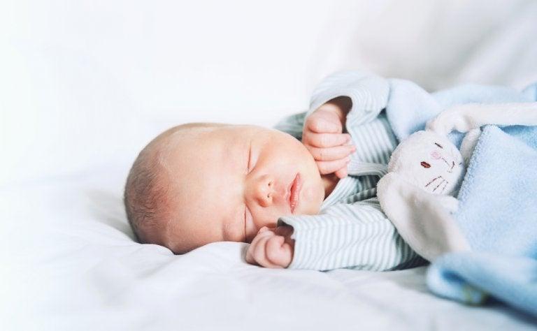 ¿En qué mes nacen más niños en España?
