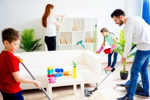 ¿Cómo motivar a los niños a colaborar en casa?