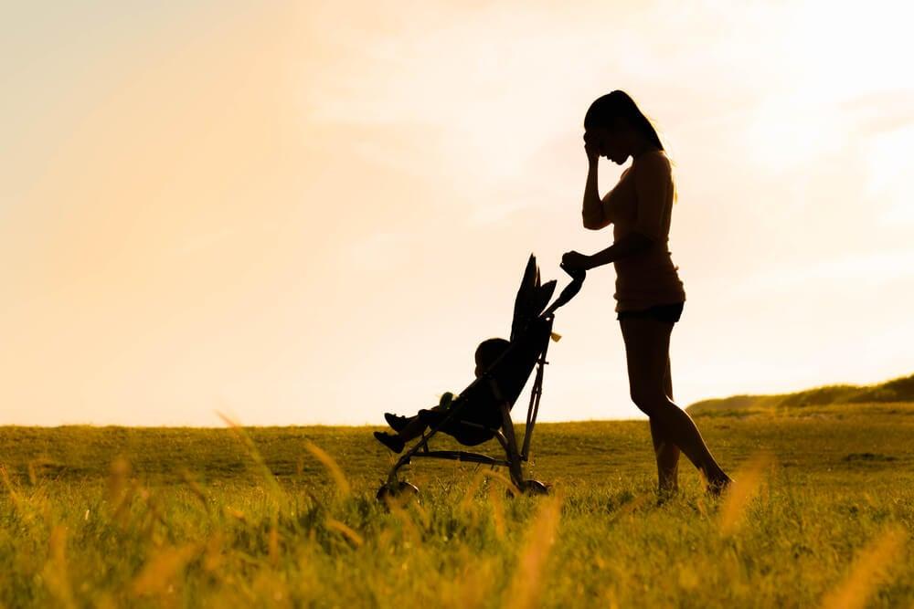 Cómo afrontar la soledad tras el parto