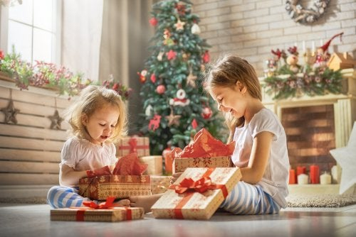 ¿Cuántos regalos deberían recibir los niños por Navidad?