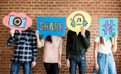 ¿Debería controlar las redes sociales de mis hijos?
