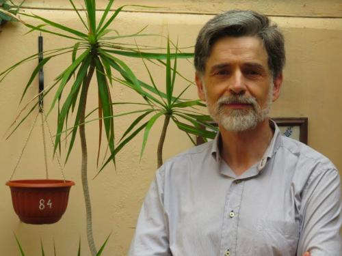 Entrevista al pediatra Carlos González: ¿cómo ser buenos padres?