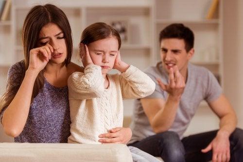 ¿Cómo resolver conflictos de pareja sin que afecte a los hijos?