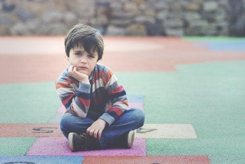 Apego inseguro: características y consecuencias