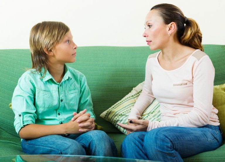 5 estrategias para negociar con tu hijo adolescente