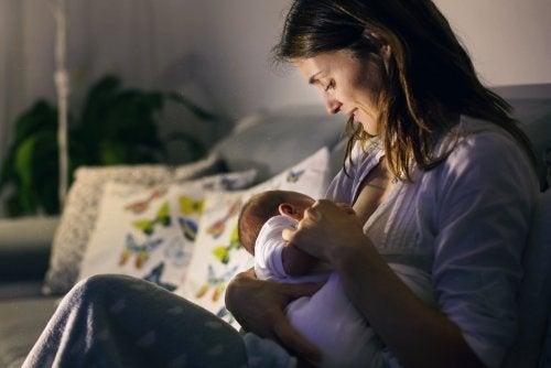 Recomendaciones nutricionales para la mujer lactante