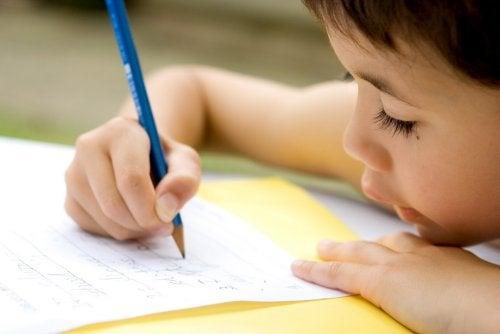 Sinónimos y antónimos para niños: definición, ejercicios y ejemplos.