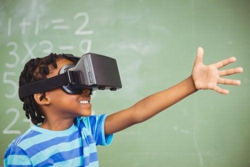 Beneficios de la realidad mixta en educación.