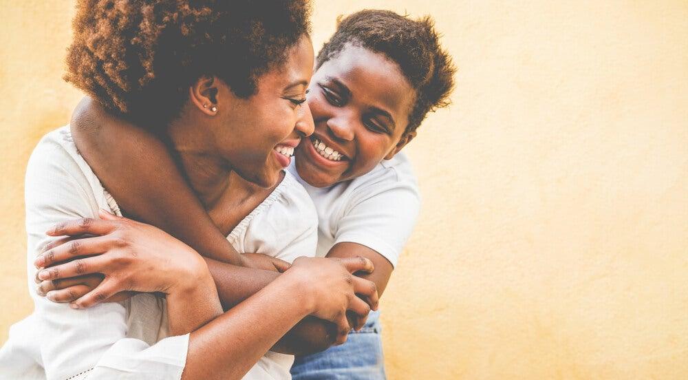 Las emociones que no aceptas se reflejan en tus hijos