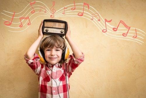 Cómo trabajar las emociones de los niños con música.