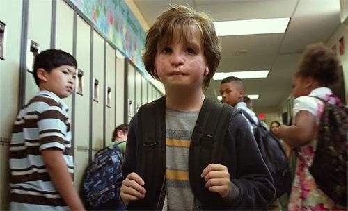 August, el protagonista de uno de los libros infantiles que tratan el acoso escolar.