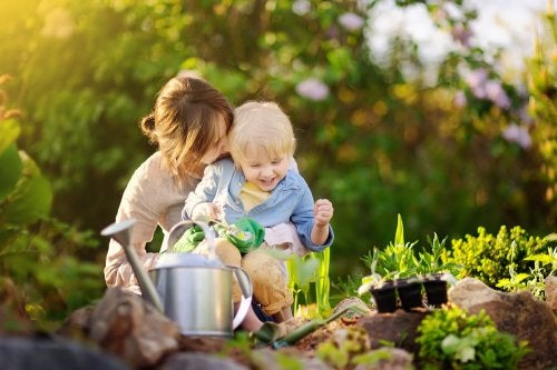 Beneficios de realizar actividades de jardinería para niños