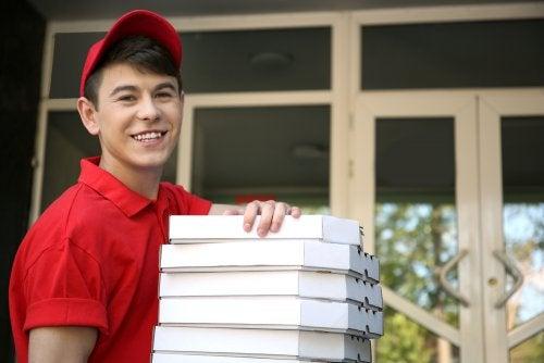 Aspectos legales del contrato laboral a los 16 años