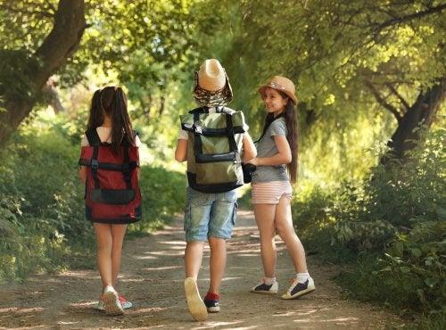 Cómo hacer bien una mochila para campamento.