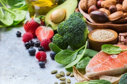 Frutas y verduras para recuperar los hábitos alimentarios saludables tras las Navidades-