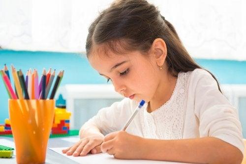 Enseñar a los niños a realizar esquemas para estudiar