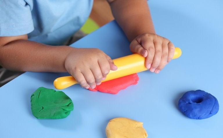 5 actividades para explorar la estimulación táctil en niños